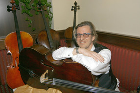 Georg Stahl, Violoncello