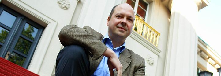 General Music Director Florian Merz